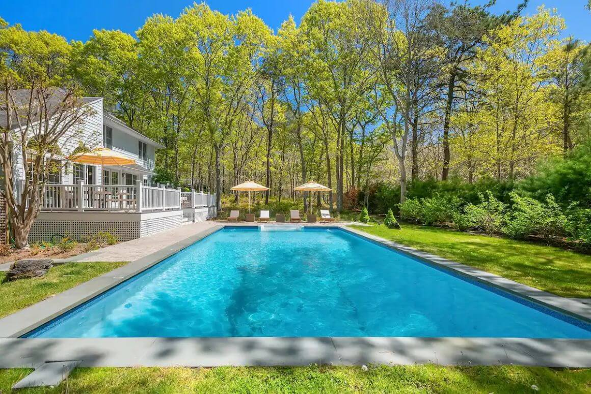 Peaceful 4 Bed Home with Shaded Pool