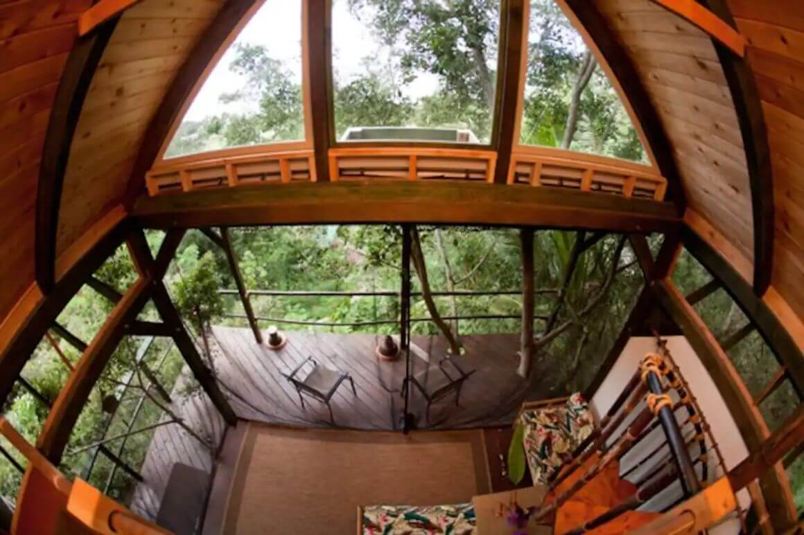Rustic Treehouse with Rooftop Deck Oahu