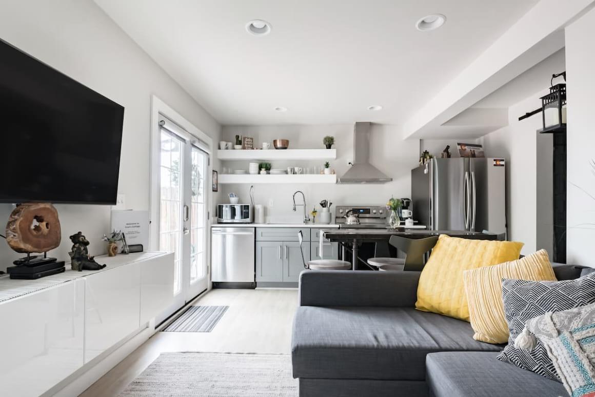 Sleek and Modern 2 Bed Cottage
