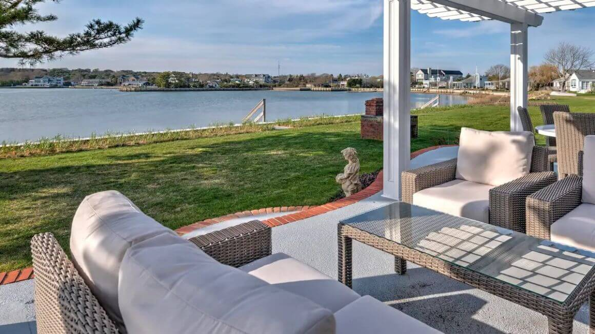 Stunning Waterfront Home with 3 Beds The Hamptons