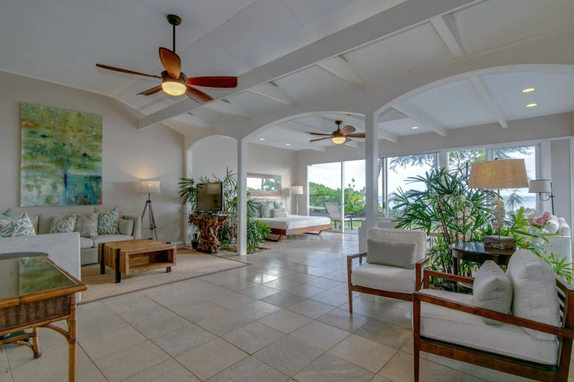 Tropical Beachfront Oasis with 4 Beds