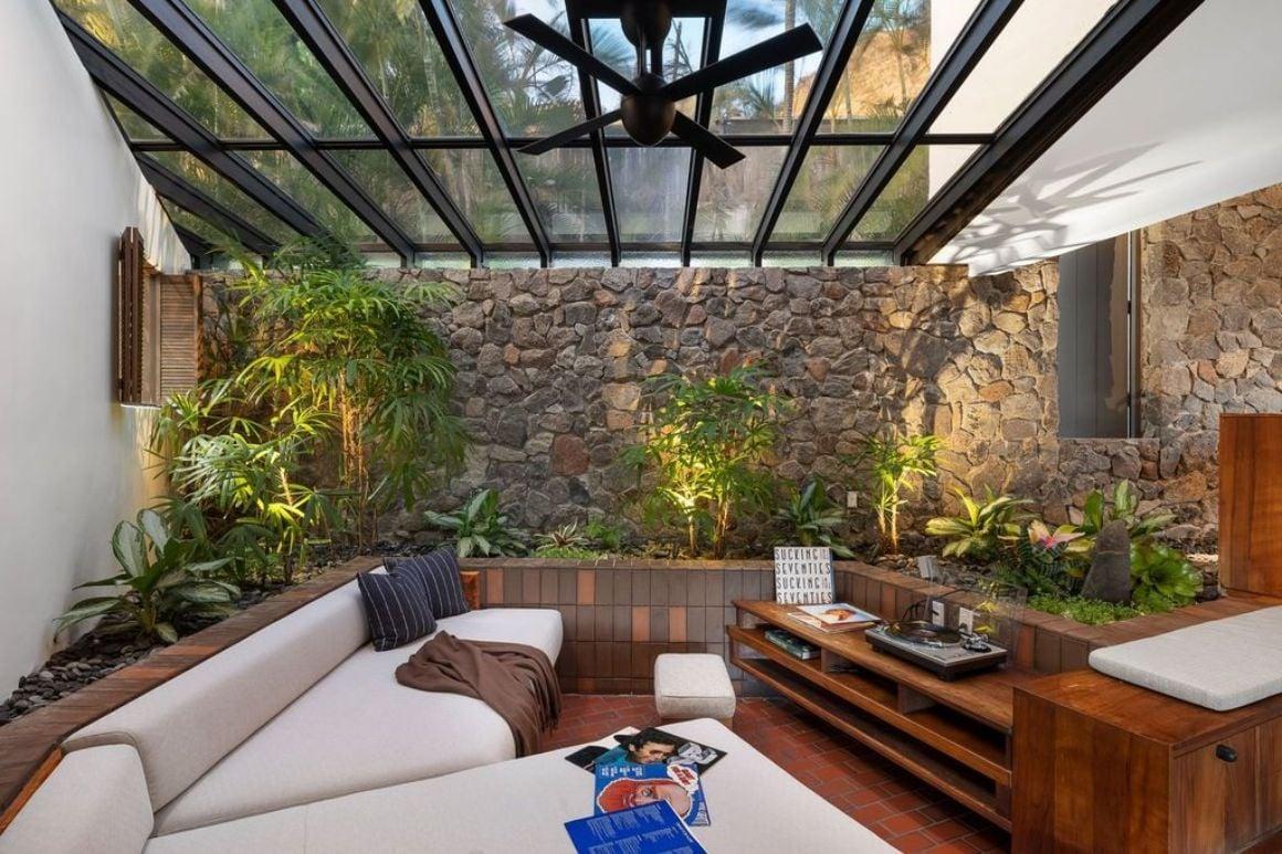 Ultra-Modern Luxury 4 Bed Villa