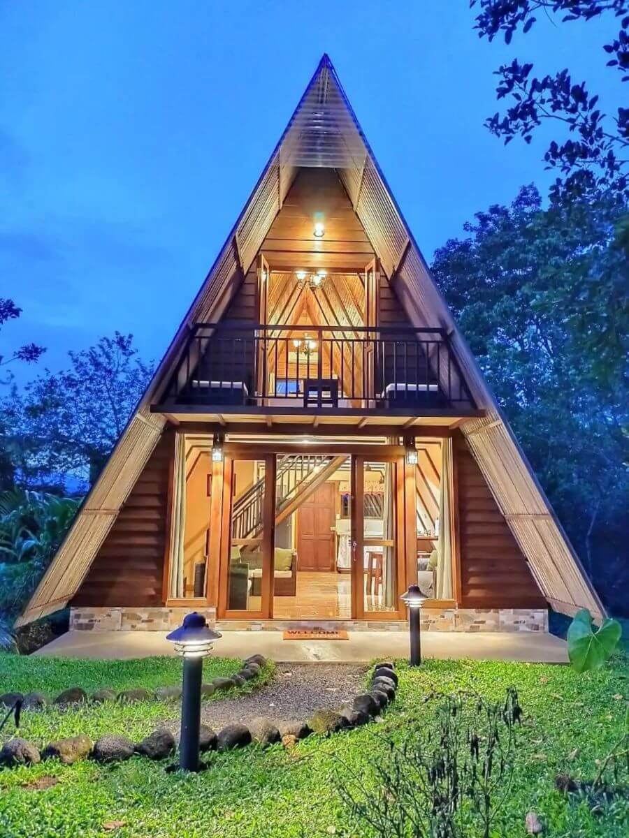 Volcano View A-Frame Cabin for 4 Costa Rica