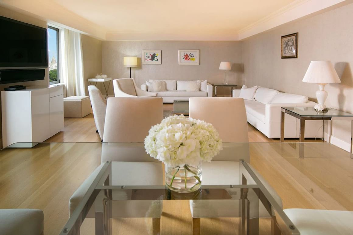 Classy 3 Bed Penthouse on Central Park